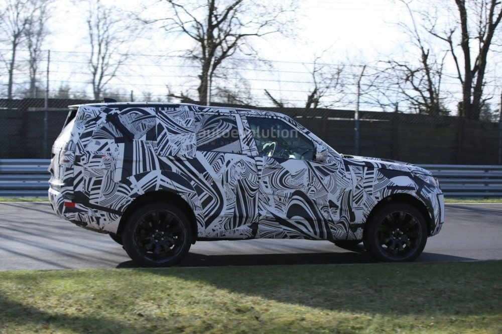 2017-land-rover-discovery-testing-at-the-nurburgring_9