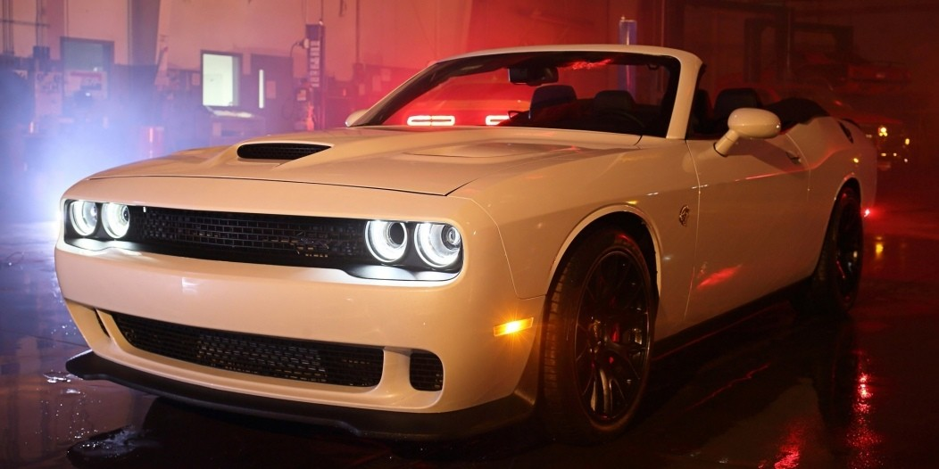 dodge-challenger-hellcat-convertible-costs-twice-the-msrp-ralph-gilles-signed_8