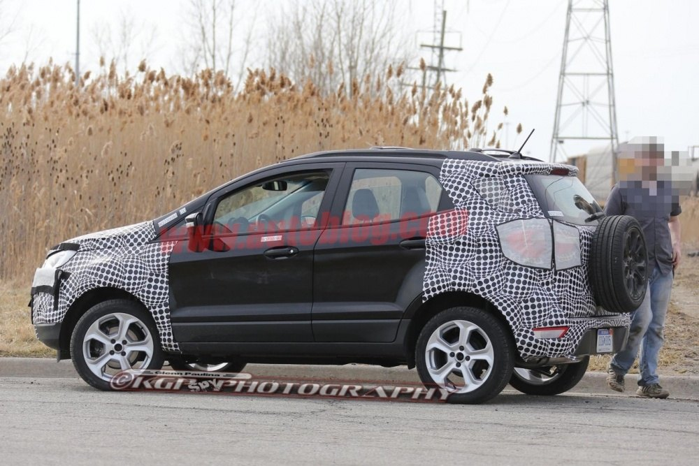 ford-ecosport-spies-17-1