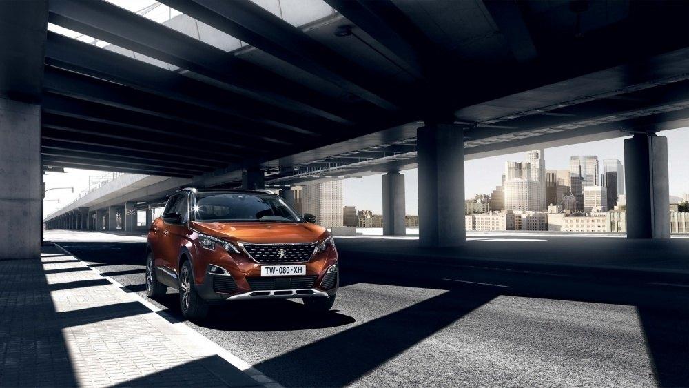 2016-Peugeot3008-03