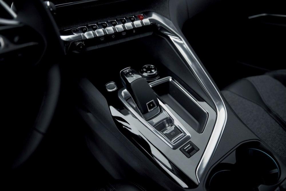 2016-Peugeot3008-33