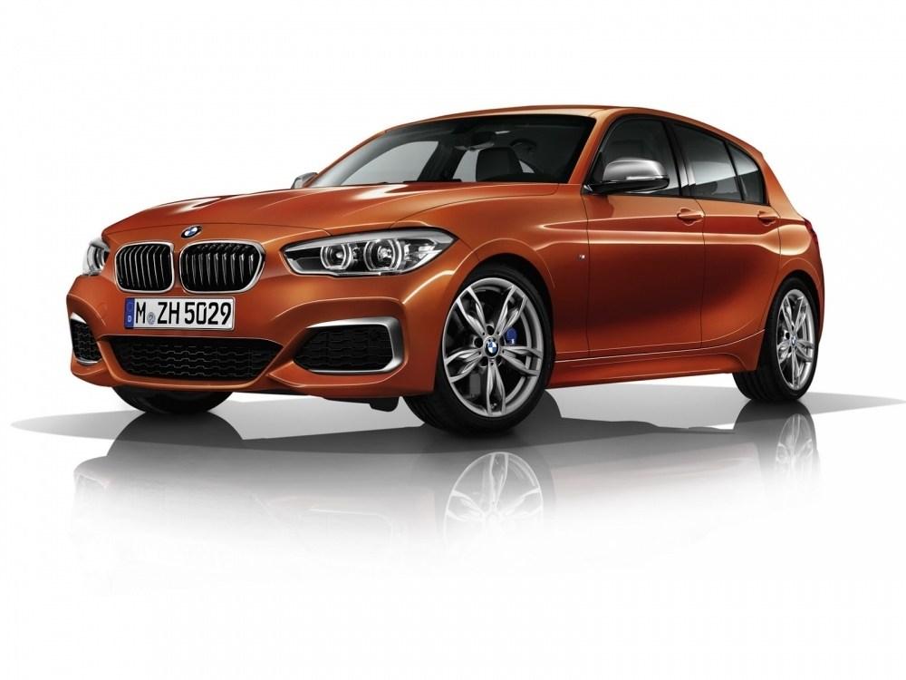 2017-BMW-M240-4