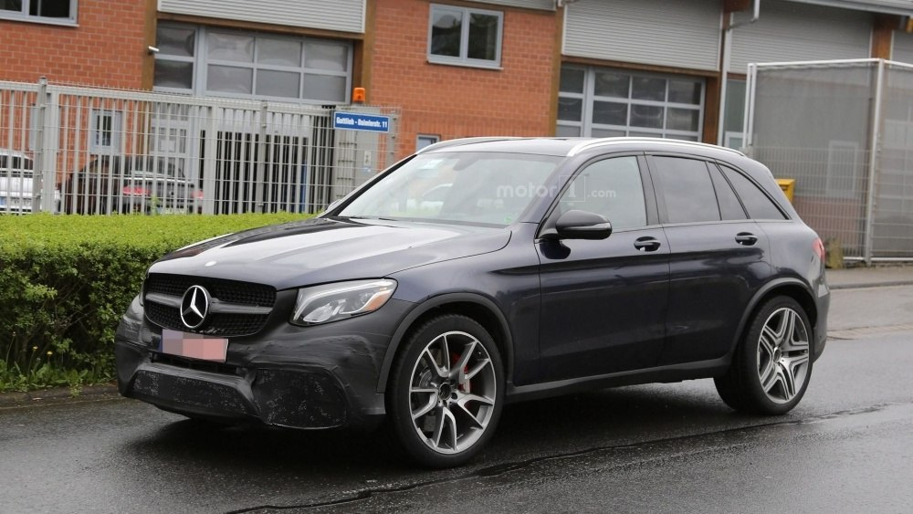 2017-mercedes-amg-glc-63-spy-photo (2)