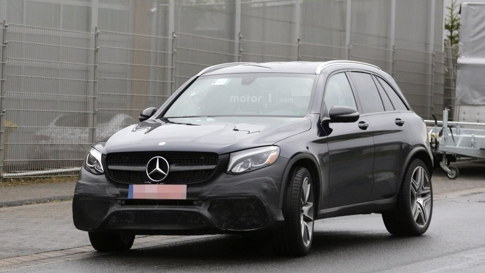 2017-mercedes-amg-glc-63-spy-photo (9)