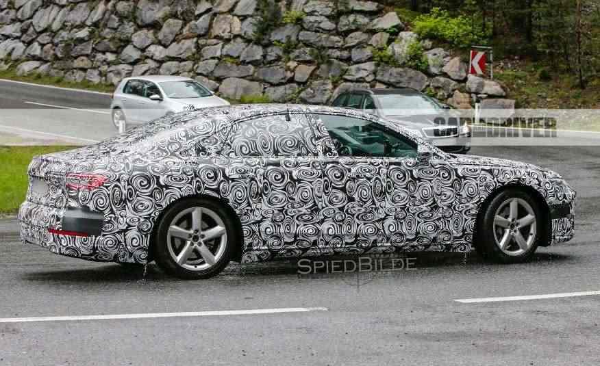 2018-Audi-A8-spy-photo-113-876x535