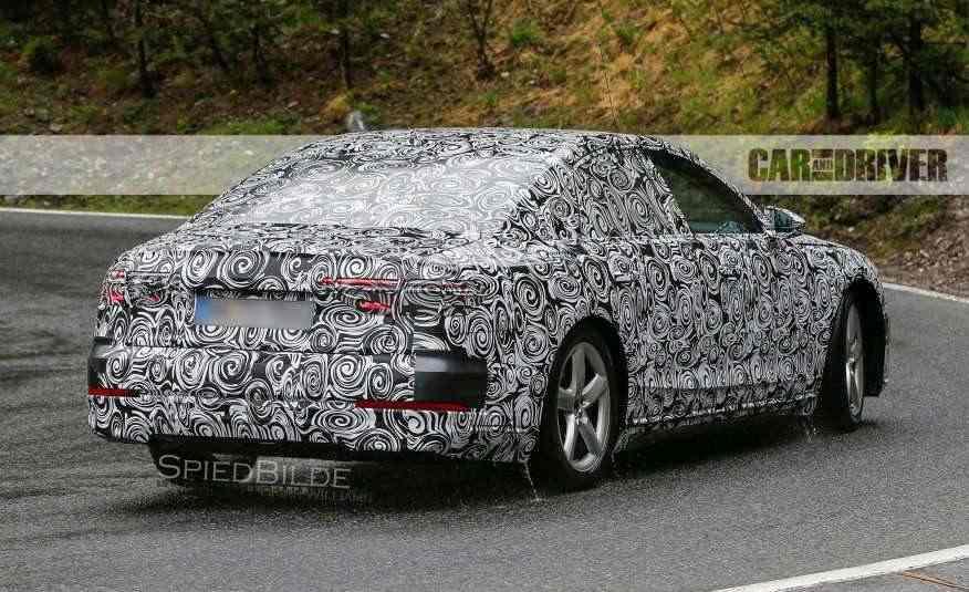 2018-Audi-A8-spy-photo-115-876x535
