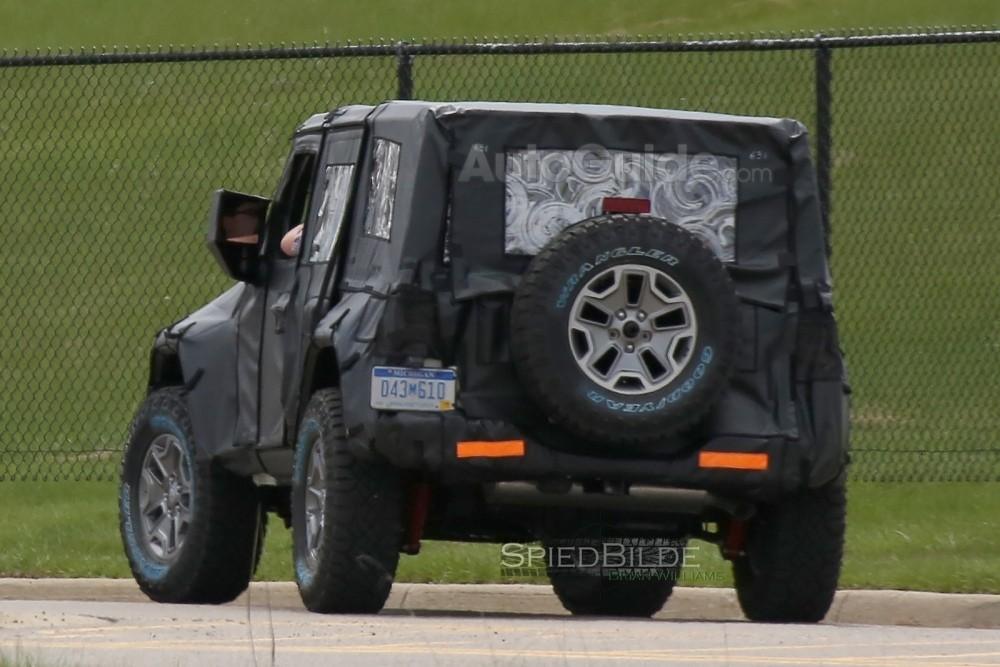 2018-jeep-wrangler-spy-photos-10