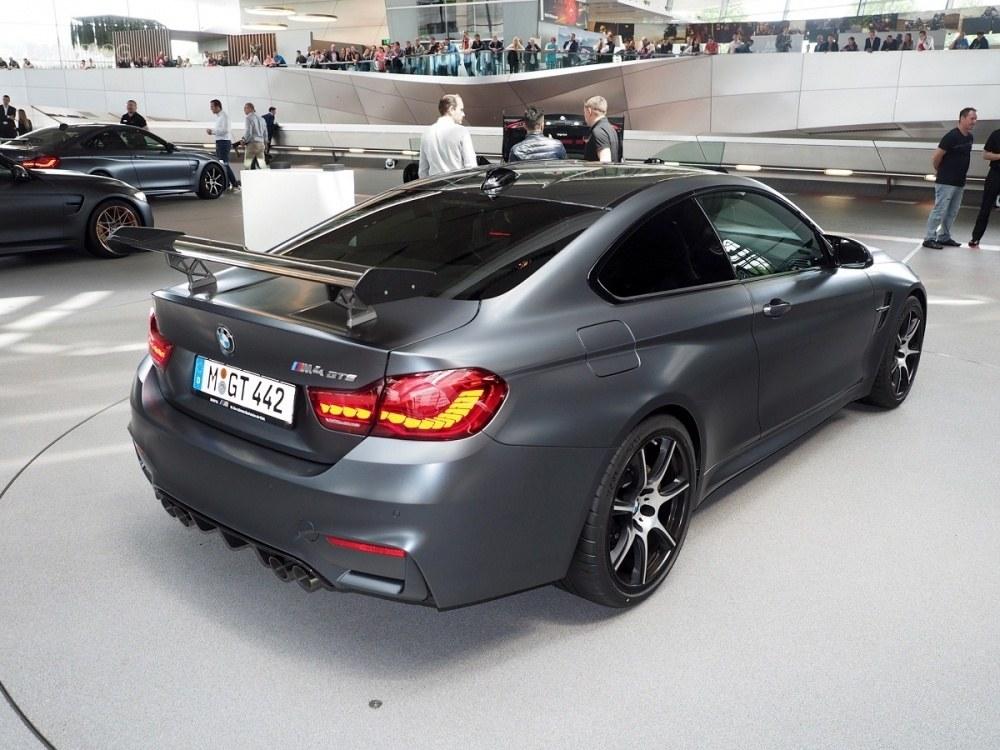 BMW-M4-GTS-BMW-Welt-33