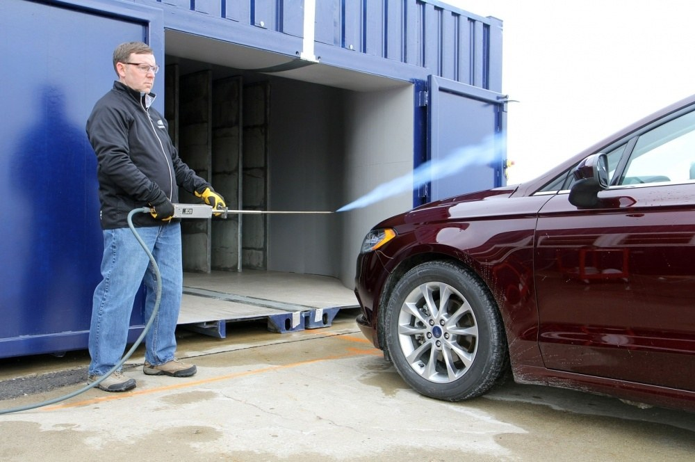 Ford-Fusion-testing-portable-wind-tunnel-1