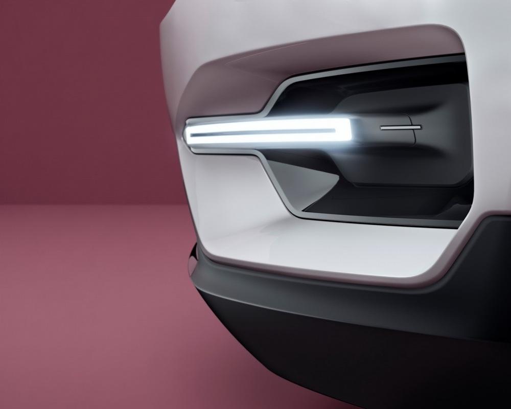 Volvo-XC40-S40-16