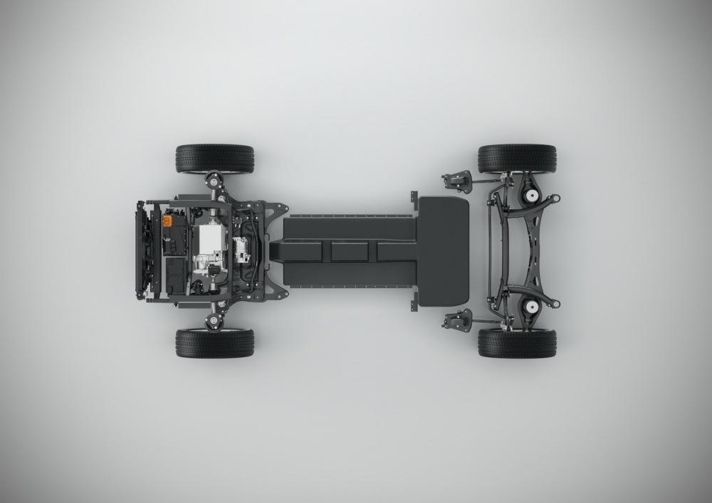 Volvo-XC40-S40-24