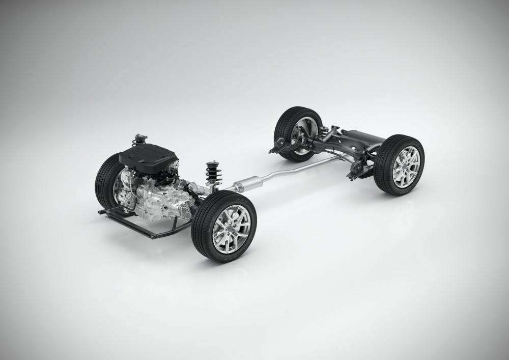 Volvo-XC40-S40-28
