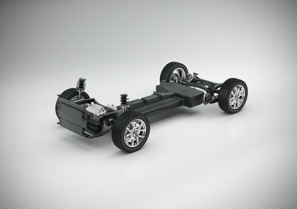 Volvo-XC40-S40-30
