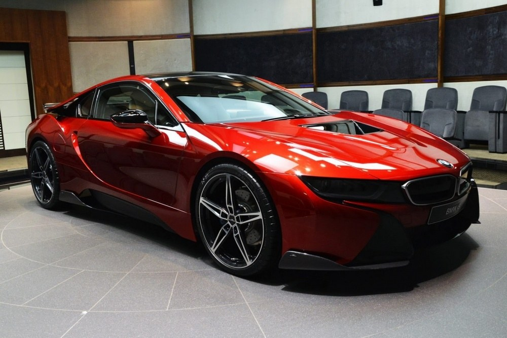 bmw-i8-lava-red-abu-dhabi-5
