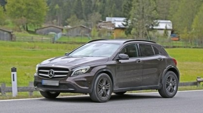 possible-mercedes-glb-spy-photo (4)