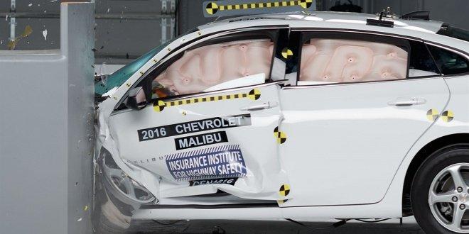 2016 Chevrolet Malibu IIHS rating 1