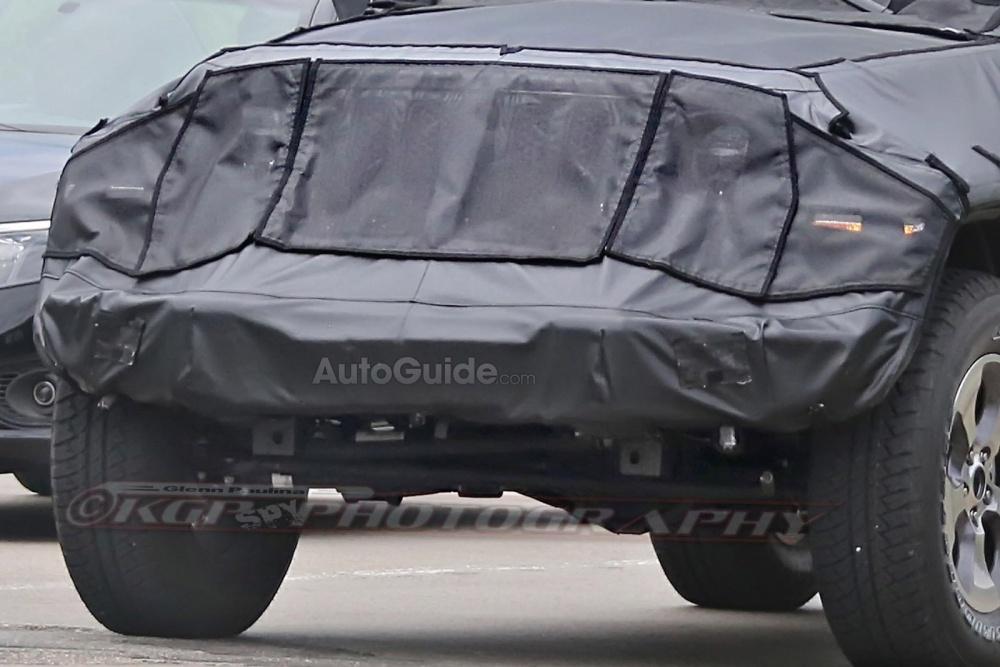 2018-Jeep-Wrangler-Spy-Shots-15