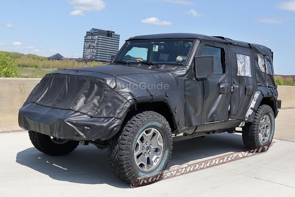 2018-Jeep-Wrangler-Spy-Shots-9