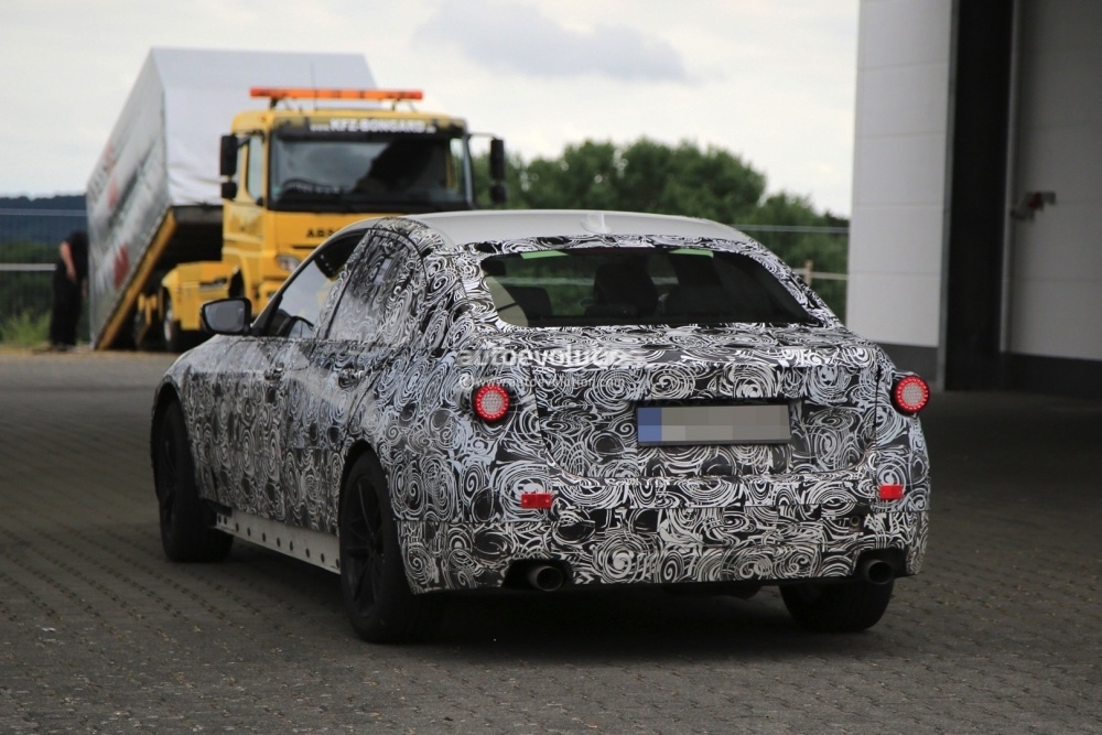 2018-bmw-3-series-g20-spied-at-the-nurburgring-its-far-from-complete_17