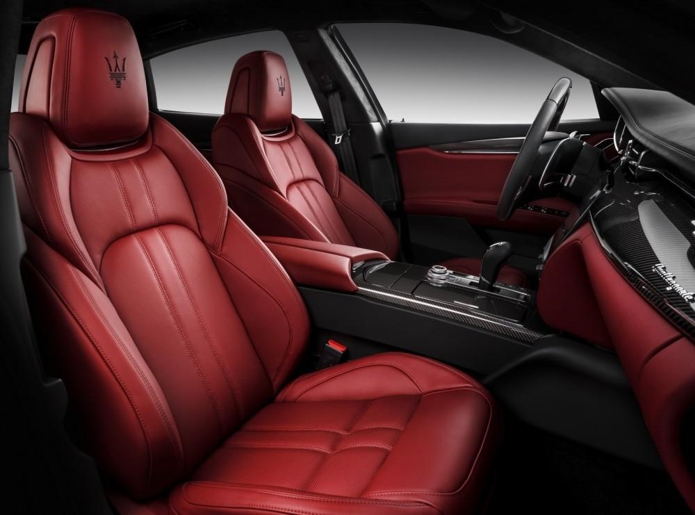 Maserati-Quattroporte-3