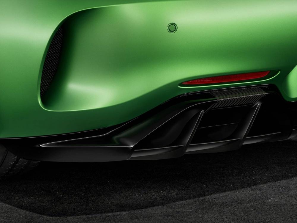 Mercedes-AMG-GT-R-24