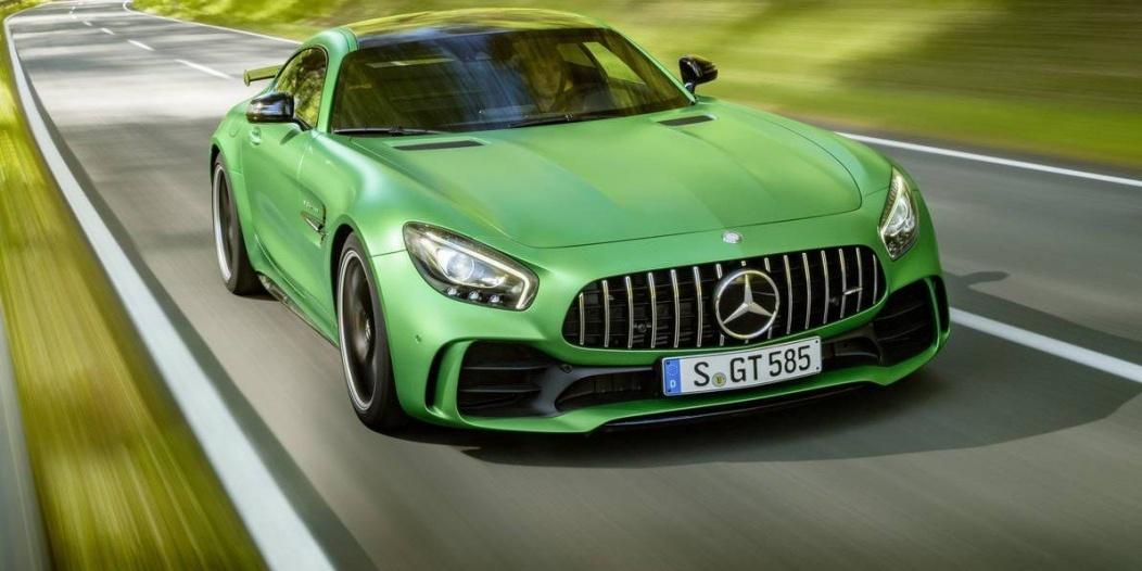 Mercedes-AMG-GT-R-8-e1466724892569