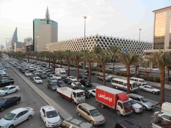 الإعلان رسمياً عن إصدار رخص قيادة السيارات للمرأة في السعودية
