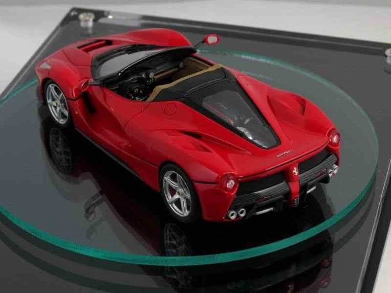 Scale-model-might-reveal-looks-of-the-2017-Ferrari-LaFerrari-Spider-4
