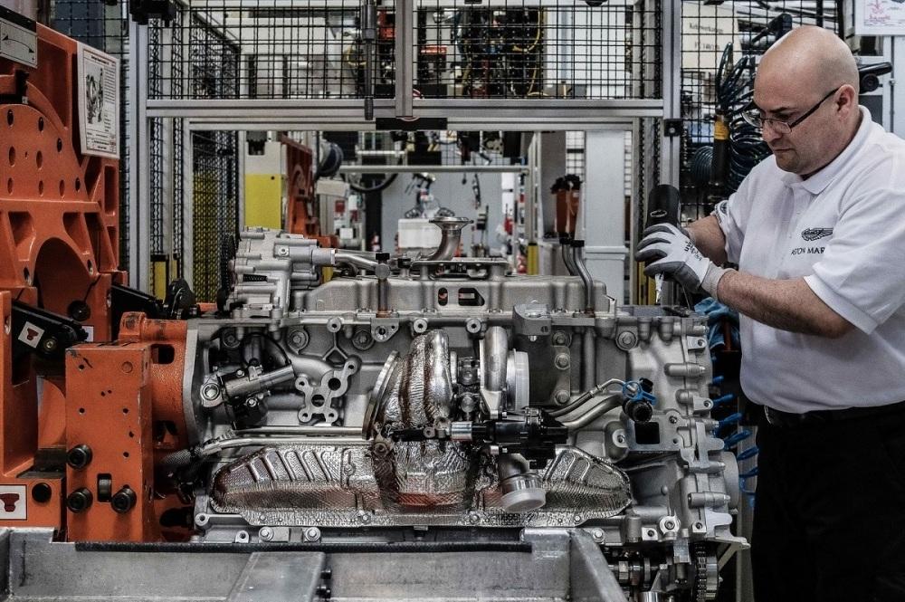 aston-martin-db11-engine-cologne-plant-25