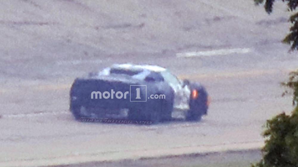 mid-engine-corvette-prototype-spy-photo