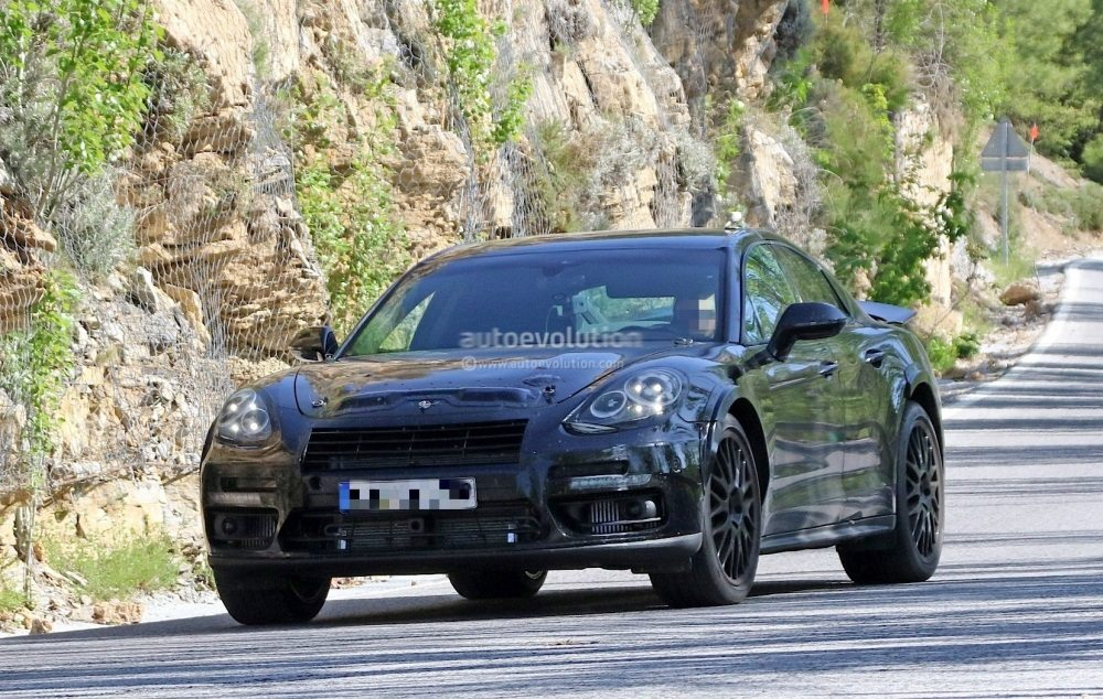 possible-porsche-panamera-based-coupe-spied-for-the-first-time_2