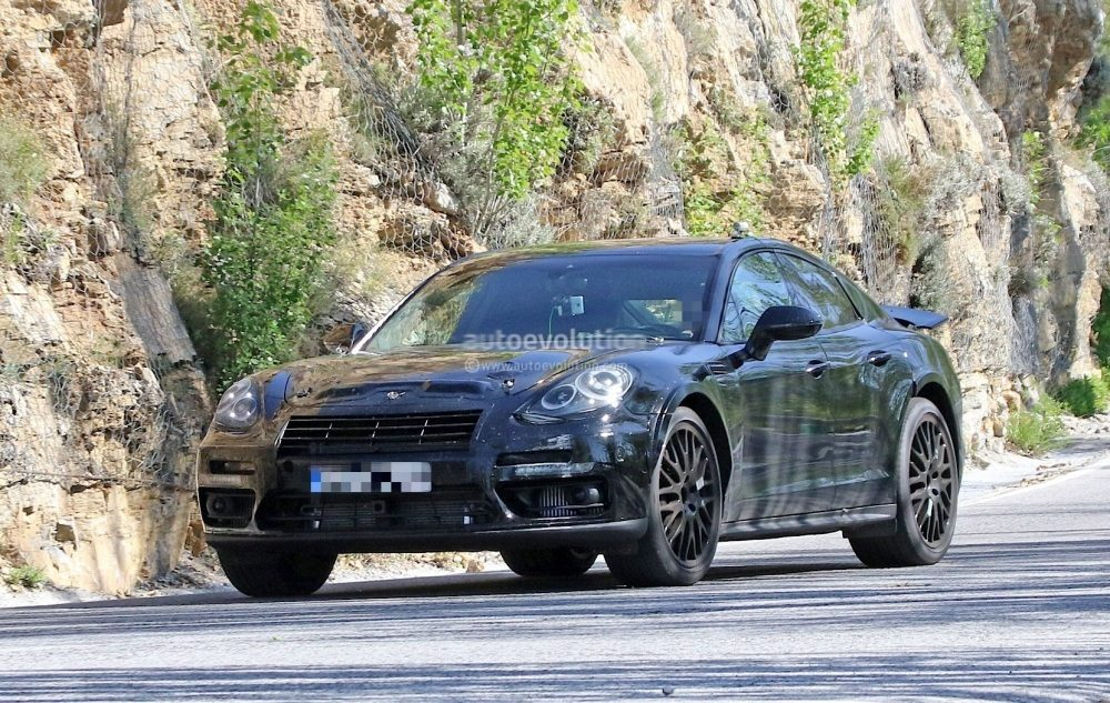 possible-porsche-panamera-based-coupe-spied-for-the-first-time_3
