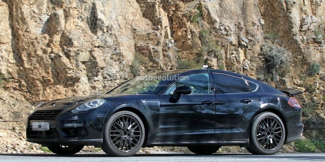 possible-porsche-panamera-based-coupe-spied-for-the-first-time_4