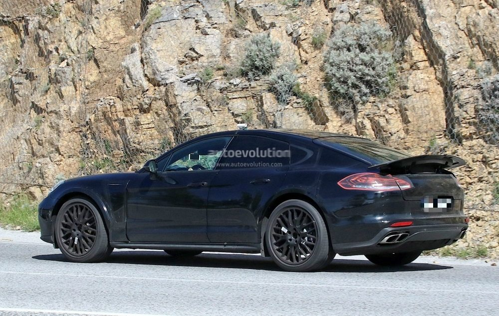 possible-porsche-panamera-based-coupe-spied-for-the-first-time_7
