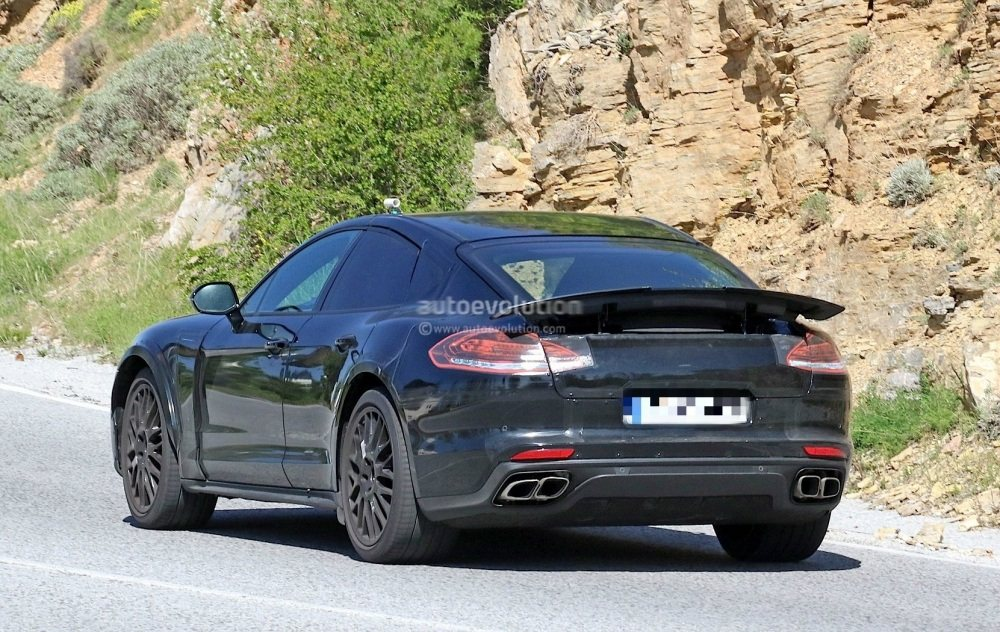 possible-porsche-panamera-based-coupe-spied-for-the-first-time_8