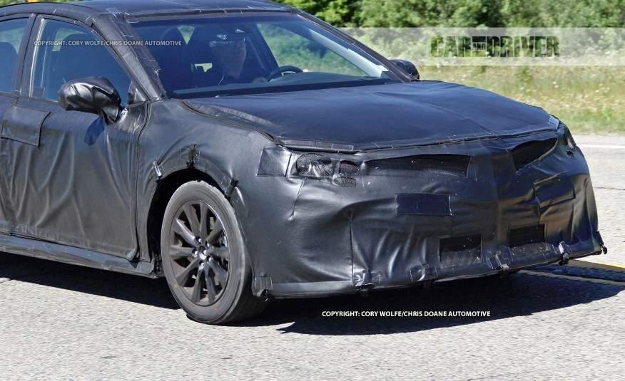 2018-Toyota-Camry-spy-photo-109-876x535
