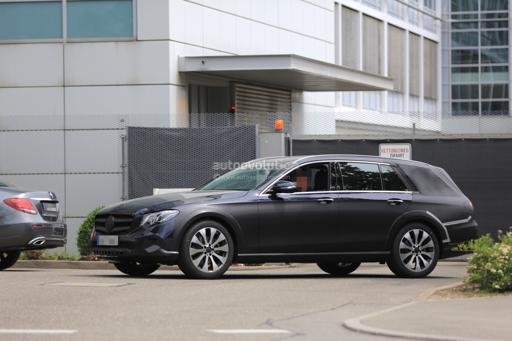 2018-mercedes-benz-e-class-all-terrain_13