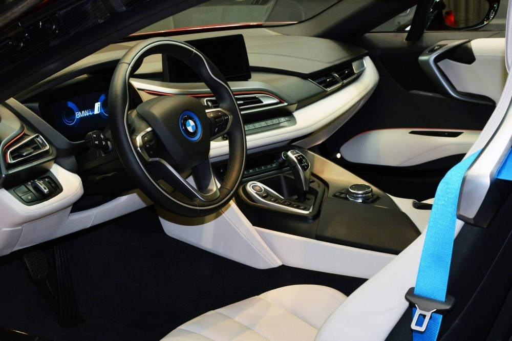 Lava-Red-BMW-i8-5