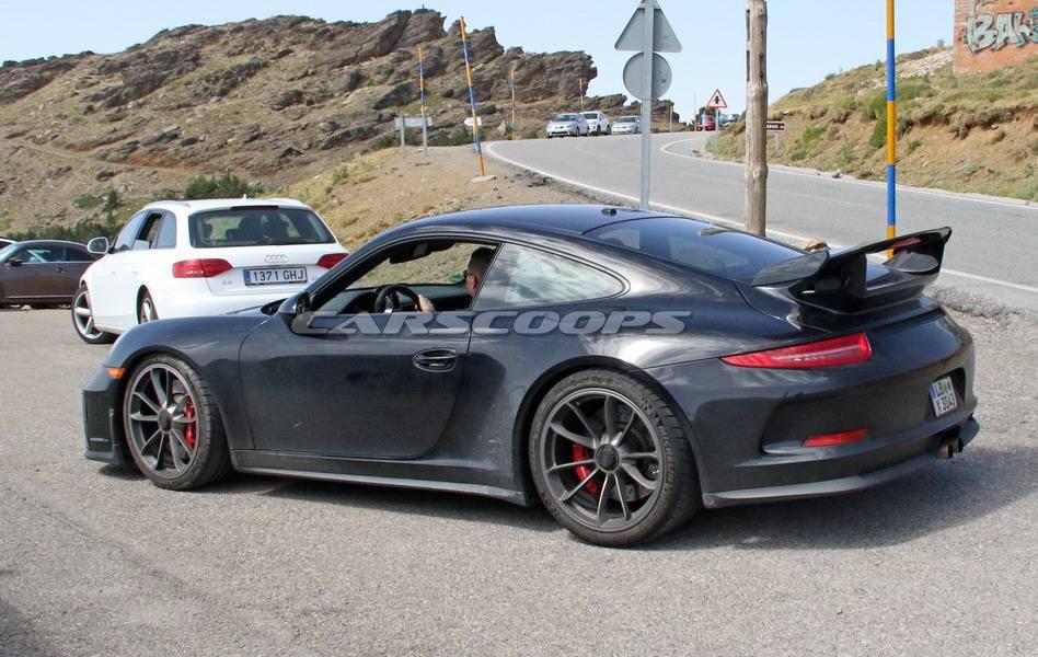 Porsche-911-GT3-facelift-4