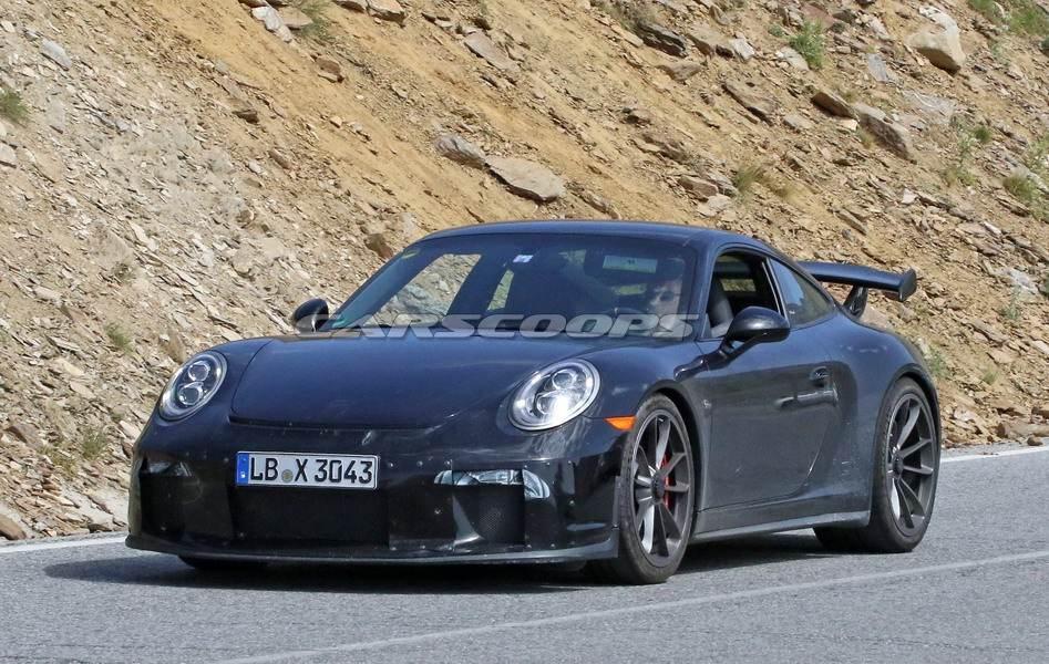 Porsche-911-GT3-facelift-9