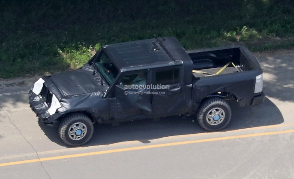 jeep-wrangler-pickup-truck-is-finally-here-and-it-s-big_14