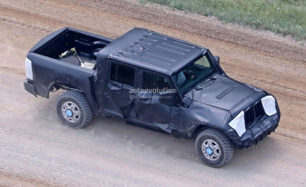 jeep-wrangler-pickup-truck-is-finally-here-and-it-s-big_4