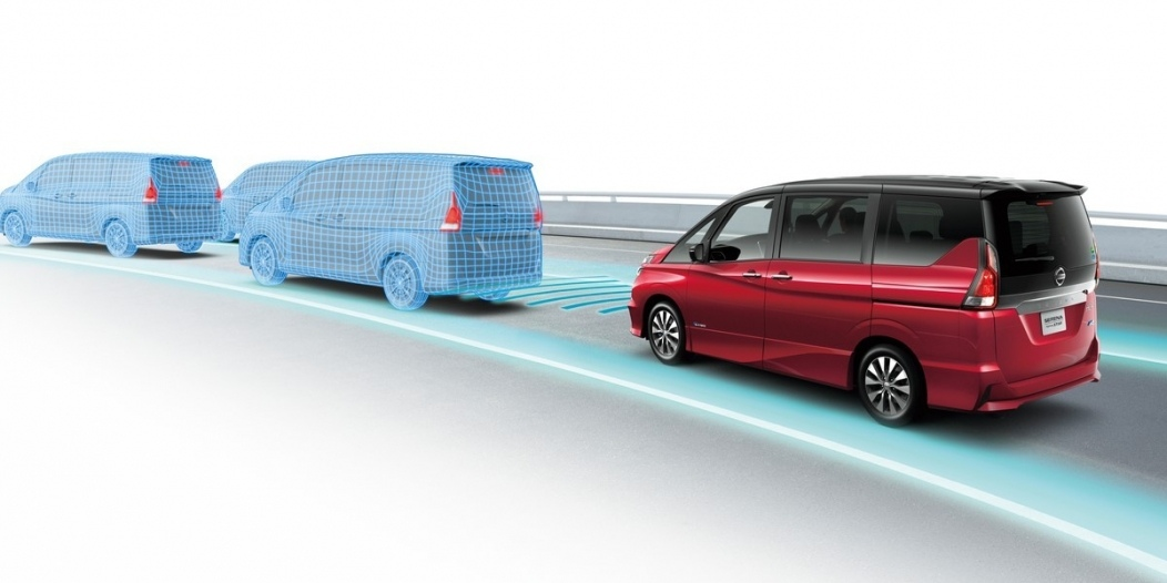 nissans-new-serena-propilot-technology-makes-autonomous-drive-first-for-japanes_1