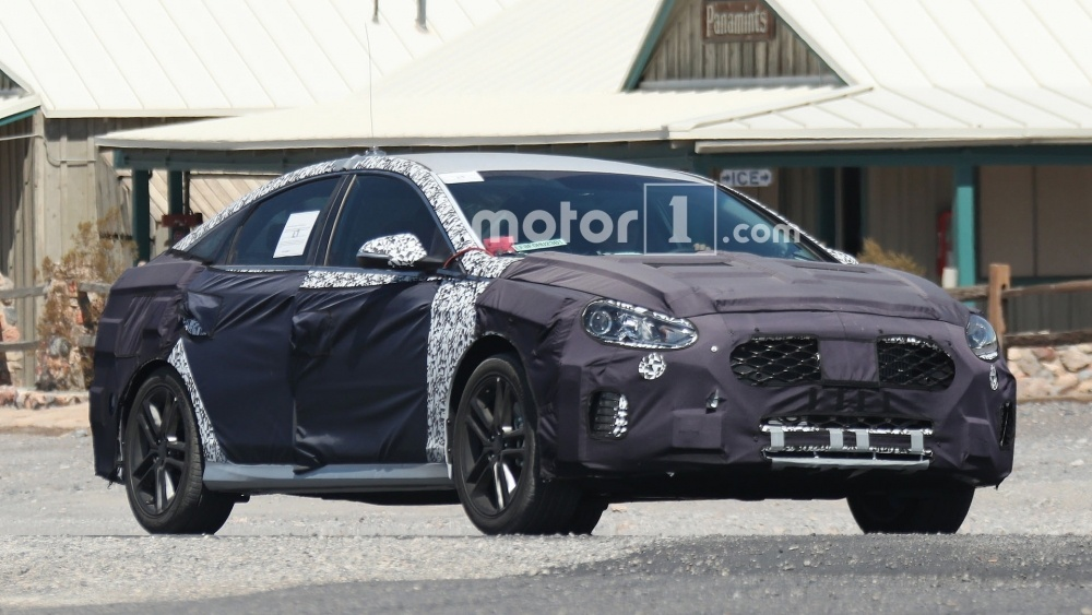 hyundai-sonata-n-spy-photos (2)