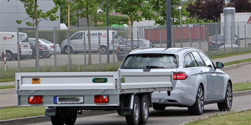 mercedes-benz-e-class-crossover-spotted-testing_10