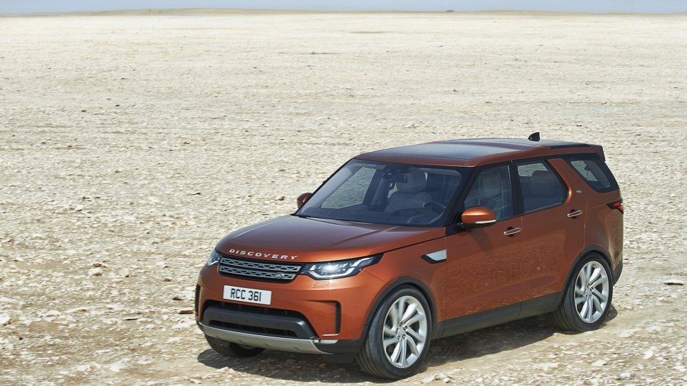 2017-land-rover-discovery-5