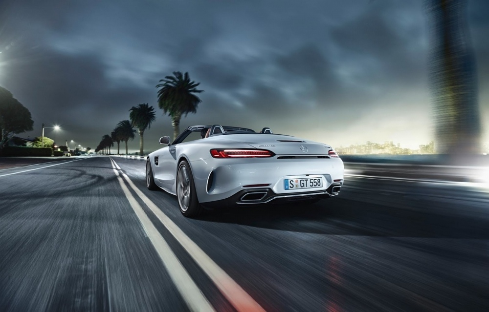 amg-roadster-gt-2