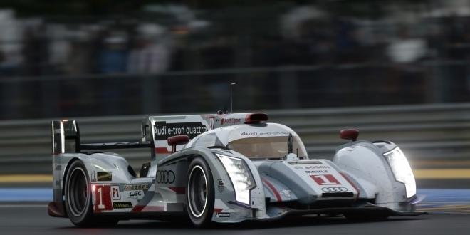 2013_audi_r18_e_tron_quattro_race_racing_le_mans____f_2560x1600