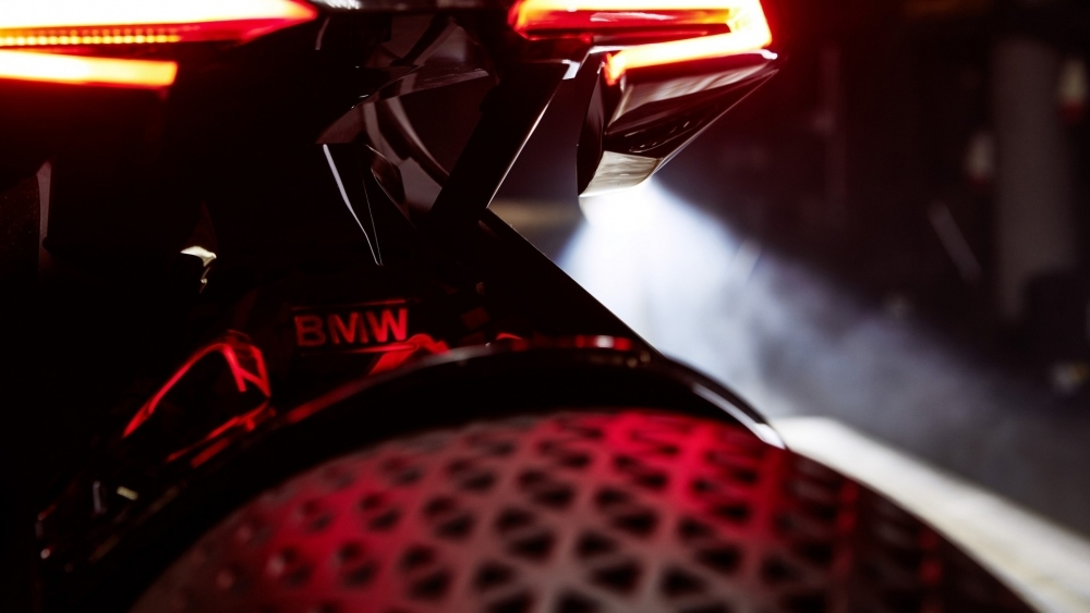 bmw-motorrad-vision-next-100-17