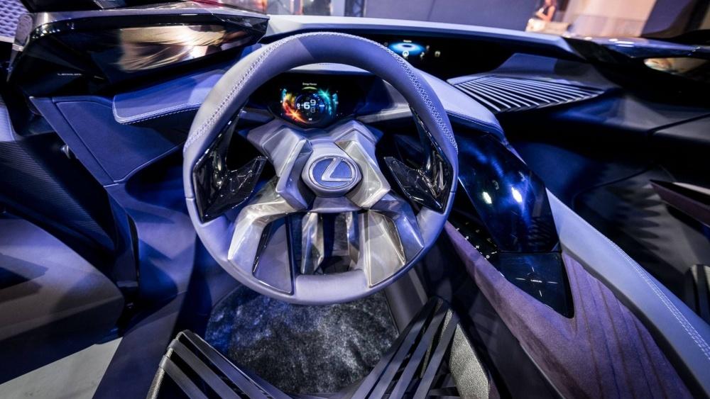 lexus-ux-concept-paris-motor-show-2
